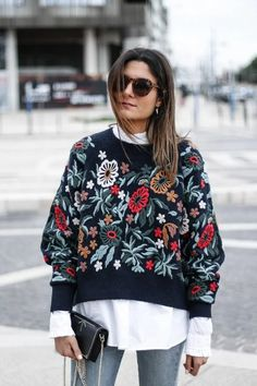 Zara Blue Flower Floral Embroidered Sweater Jumper Size M Street Hijab Fashion, Fashion Mode, Abaya Fashion, Knit Fashion, Look Fashion, Fashion Details, Trendy Fall Outfits, Winter Outfits, Cheap Womens Tops