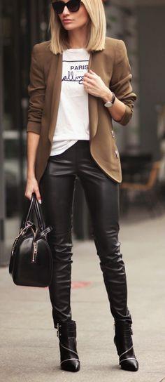 Leather skinnies + blazer.
