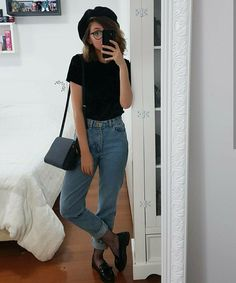 mom jeans and formal shoes😍 90s Fashion, Korean Fashion, Boho Fashion, Fashion Looks, Fashion Outfits, Trendy Outfits, Fall Outfits, Cute Outfits, Looks Style