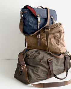 Waxed Canvas Bags - A very useful gift for the traveler in your life. Or yourself - I'm really loving the blue one!