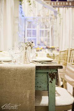White and Vintage wedding