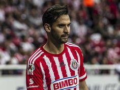RAÚL 'DEDOS' LÓPEZ ES CONVOCADO AL TRI El jugador de las Chivas entrará en lugar de Paul Aguilar, quien es baja por una lesión. Formó parte del equipo mexicano Sub-23.
