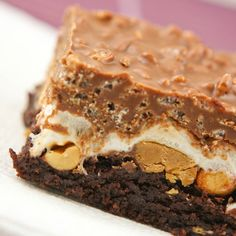 """Crack Brownies topped with peanuts, marshmallow fluff, and a chocolate+peanut butter+rice krispie mixture. {known to some as """"band brownies""""} Payne :) No Bake Desserts, Just Desserts, Delicious Desserts, Dessert Recipes, Yummy Food, Eat Dessert First, Dessert Bars, Brownie Recipes, Cookie Recipes"""