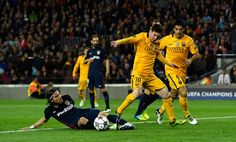 Lionel Messi Photos - FC Barcelona v Club Atletico de Madrid - UEFA Champions League Quarter Final: First Leg - Zimbio