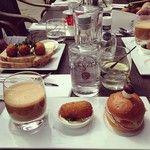 Pic #lunch 12 uurtje @bodegaKeyzer #amsterdam #instafood #vissoep #garnalenkroket #brioche #sun #goodlife