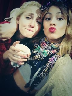 Tini Stoessel (TiniStoessel) sur Twitter
