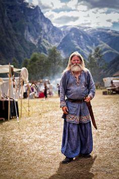 Georg Olafr Reydarsson Hansen at Gudvangen Viking Market by Złodzieje Dusz