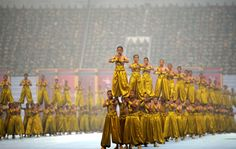 Il Festival internazionale di arti marziali Shaolin a Zhengzhou, in Cina. (ChinaFotoPress/Getty Images) Kung Fu Martial Arts, Shaolin Kung Fu, Fight Club, Buddha, Portrait, World, Zhengzhou, Festival, Bruce Lee