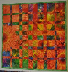 Ricky Tims Convergence This technique is a shop favorite! Lyn will teach you how to create a quilt that looks like it took a scientist to figure out, but it's Modern Quilt Blocks, Quilt Block Patterns, Modern Quilting, Quilting Board, Quilting Ideas, Watercolor Quilt, Sunflower Quilts, Geometric Quilt, The Quilt Show