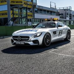 1000 images about mercedes f1 course cars on pinterest for Mercedes benz emergency number