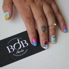 Nail art por @natafreire #bobstdo #bobheadnati #bobnailart #nailart #nails #peluquería #lastarria #scl Nailart, Bob, Studio, Instagram Posts, Beauty, Beleza, Study, Bob Cuts, Studios