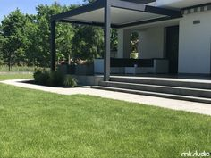 Doskonałe zadaszenie tarasu u naszego Klienta za pomocą pergoli pro oraz markizy - Blog MK Studio Warszawa Pergola, Garage Doors, Outdoor Decor, Garden Ideas, Outdoors, Blog, Home Decor, Gardens, Courtyards