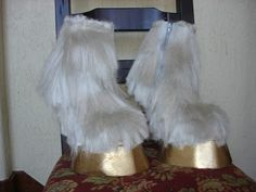 TUTORIAL Hoof Boots, not sure when i might need this, but you never know. Diy Costumes, Cosplay Costumes, Halloween Costumes, Holidays Halloween, Halloween Make Up, League Of Legends, Shrek Donkey, Shrek Costume, Fursuit Tutorial