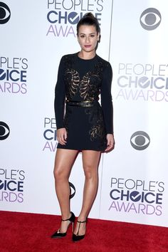 The Best and Worst-Dressed Celebrities at the 2016 People's Choice Awards