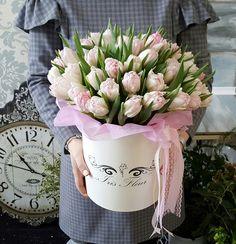 Букет на заказ, букет в шляпной коробке, цветы в коробке, цветы, доставка цветов, оформления праздников цветами, свадебная флористика.