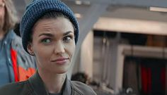 You are watching the movie The Meg on Putlocker HD. A deep sea submersible pilot revisits his past fears in the Mariana Trench, and accidentally unleashes the seventy foot ancestor of the Great White Shark Meg Movie, Movie Tv, Ruby Rose Style, Rubin Rose, Tomboy Fashion, Tomboy Style, Batwoman, Female Portrait, Me As A Girlfriend