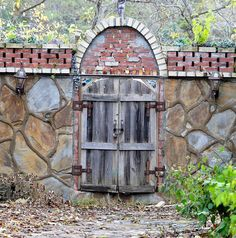 ozark gate by Jan Amiss