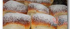 Recept Babiččiny buchty (ze staré kuchařky) Hot Dog Buns, Hot Dogs, Hamburger, Bread, Food, Kochen, Top Recipes, Meal, Hamburgers