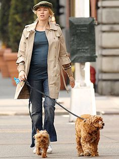 Naomi Watts with Cocker Spaniel Ned