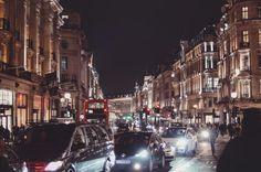 Late nights in London Town ---------------------------------------- For more travel stories visit my blog @ http://ift.tt/2jaJaNQ  ---------------------------------------- Next stop on the journey is #shanghai   ---------------------------------------- #ttot #travel #travelblog #travelblogger #wanderlust #goexplore #exploretocreate #gunnstravels #worldtravel #instago #londontown #instagood #discover #justgo #explore #traveling #wanderer #travelgram #cityexplore #london #vscolondon…