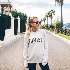 "Janni Delér på Instagram: ""G' morning Homies """