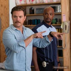 Lethal Weapon - Publicity still of Clayne Crawford & Damon Wayans