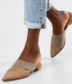 iM Ingrid Mule Shoe - Women's Shoes in Beige Mules Shoes, Heeled Mules, Women's Shoes, Canvas Slip On Shoes, Italian Leather Shoes, Fancy Shoes, Shoe Size Conversion, Comfortable Shoes, Girls Shoes