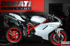 The Ducati 848 EVO Superbike also comes in White w/Red Frame and Red Wheels.