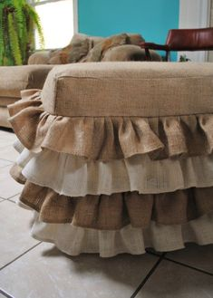 Burlap Ottoman Cover- Cute for the Shabby Chic Home Burlap Ottoman, Ottoman Slipcover, Ottoman Cover, Slipcovers, Burlap Chair, Burlap Fabric, Burlap Ribbon, Burlap Projects, Burlap Crafts