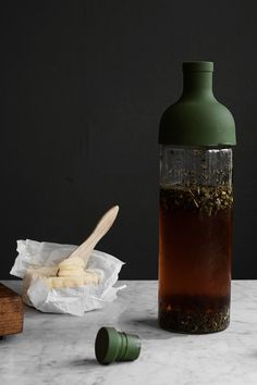 Filter in bottle - Cold brew tea Brew Tea, Cuppa Tea, Tea Accessories, Cold Brew, Cool Words, Brewing, The Cure, Bottle, Filter