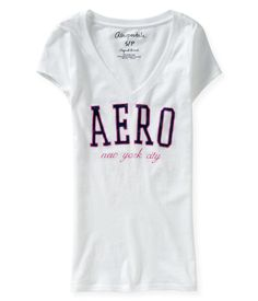 Aero NYC V-Neck Graphic T - Aeropostale