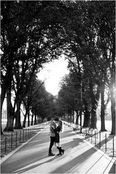 Engagement Photography Sunrise Engagement session on the National Mall in Washington, DC. Photo by Sarah Bradshaw. Fall Engagement, Engagement Couple, Engagement Pictures, Engagement Shoots, Couple Photography Poses, Engagement Photography, Wedding Photography, White Photography, Photography Ideas