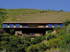 Vallado Wine Hotel, Douro Valley, Portugal   Image: Antonio Homem Cardoso