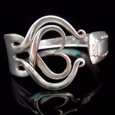 Who needs a spoon ring, when you can have an awesome fork ring like this one!