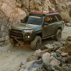 Discover recipes, home ideas, style inspiration and other ideas to try. Toyota Trd Pro, Toyota Lift, Toyota Trucks, Toyota Tacoma, Ford Trucks, Lifted 4runner, Toyota 4runner Trd, Lifted Ford, Overland Truck