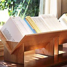 Biblioteca con diseño.