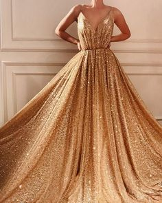 V Neck Prom Dresses, Cute Prom Dresses, Gala Dresses, Trendy Dresses, Elegant Dresses, Beautiful Dresses, Evening Dresses, Formal Dresses, Gold Formal Dress
