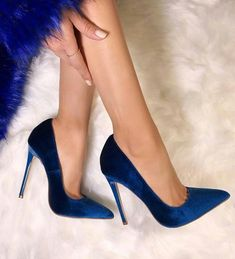 07f1ce7460b Available Sizes Heel Height Platform Height Heel Height  High Heel Type   Stiletto Boot Shaft  Ankle Color  Blue Toe  Point Shoe Vamp  Suede Closure  ...