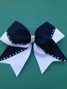 The cheer bow queen