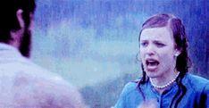 The Notebook Rain Kiss Animation - rachel-mcadams-and-ryan-gosling . Mary Stuart Masterson, Bridget Jones, The Notebook Gif, Gif Chuva, Katniss Y Peeta, Lizzie Mcguire Movie, Never Been Kissed, Movie Kisses, Stupid Love