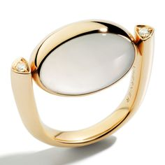 Vhernier - Rose gold ring with white diamonds, moonstone and chrysoprase. Photo courtesy press office