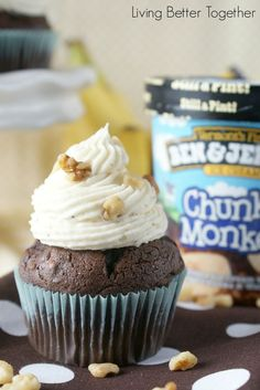 Chunky Monkey Cupcakes | www.livingbettertogether.com
