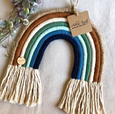 23 Clever DIY Christmas Decoration Ideas By Crafty Panda Yarn Wall Art, Wall Hanging Crafts, Hanging Letters, Diy Letters, Yarn Crafts, Diy Crafts, Weaving Textiles, Diy Presents, Macrame Projects