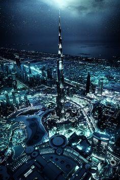 Beno Saradzic photographer: Dubai, Burj Khalifa at night. Awesome picture, gives me a feeling of science fiction Dubai City, Futuristic Architecture, Amazing Architecture, Landscape Architecture, Visit Dubai, Dubai Travel, Amazing Buildings, Modern Buildings, Photos Voyages