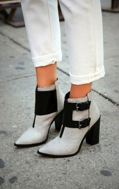 grey black *