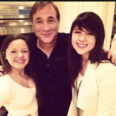 Caroline Kole & sister Ellie with Clint Black