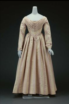 Dress  1840  The Museum of Fine Arts, Boston