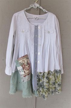 upcycled clothing white dress tunic coat Lagenlook romantic Shabby chic 1 X prairie fun clothes sustainable reclaimed LillieNoraDryGoods Romantic comfy summer Clothes Crafts, Sewing Clothes, White Dress Summer, Summer Dresses, Pullover Upcycling, Umgestaltete Shirts, Romantic Shabby Chic, Sweater Refashion, Altered Couture