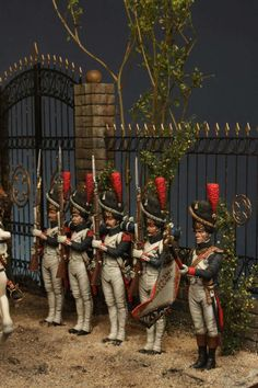 I present you my last project, a parade during the Empire. Not a reproduction of a real situation but an allegory where all character are Colonel General. Military Figures, Military Diorama, Military Love, Army Love, Old Warrior, Military Modelling, French Models, Miniature Figurines, Napoleonic Wars
