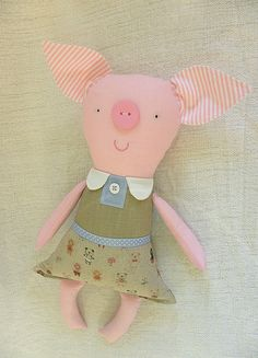 love this little piglet by krakracraft
